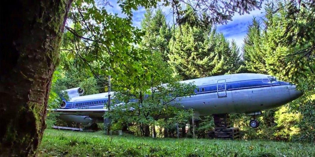 Una casa originale quest 39 uomo vive in un boeing 727 nel for Noleggio di cabine nello stato dell oregon