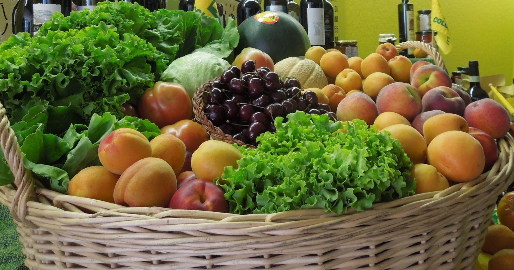 Ecco come riconoscere il cibo ogm o non naturale da - Immagine di frutta e verdura ...