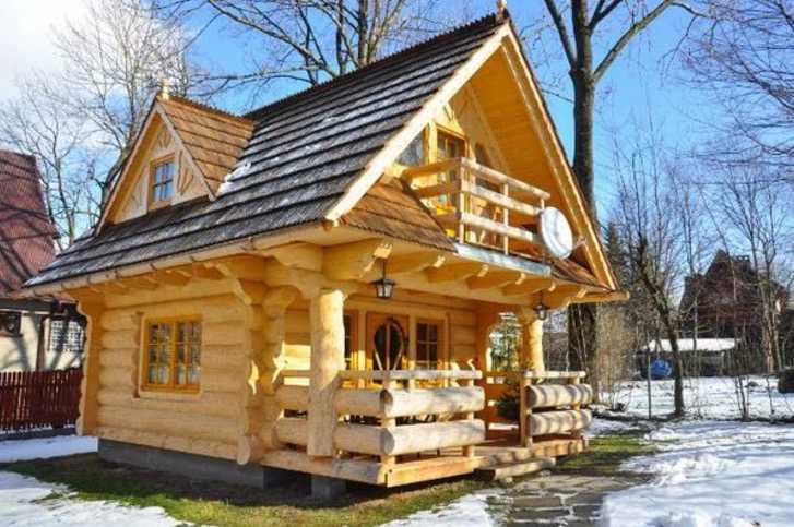 Una casetta di legno di soli 27 metri quadri guardando gli interni rimarrete a senza parole - Calcolare i metri quadri di una casa ...